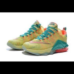 "Nike Lebron 12 Low PRM ""Lebronald Palmer"""